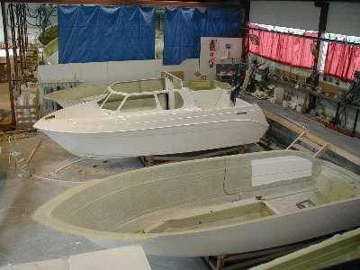 halvfabrikat båt
